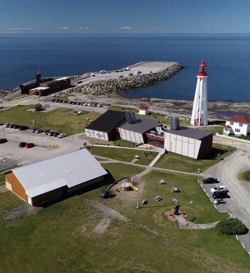 Vue aérienne du Site maritime de la Pointe-au-Père