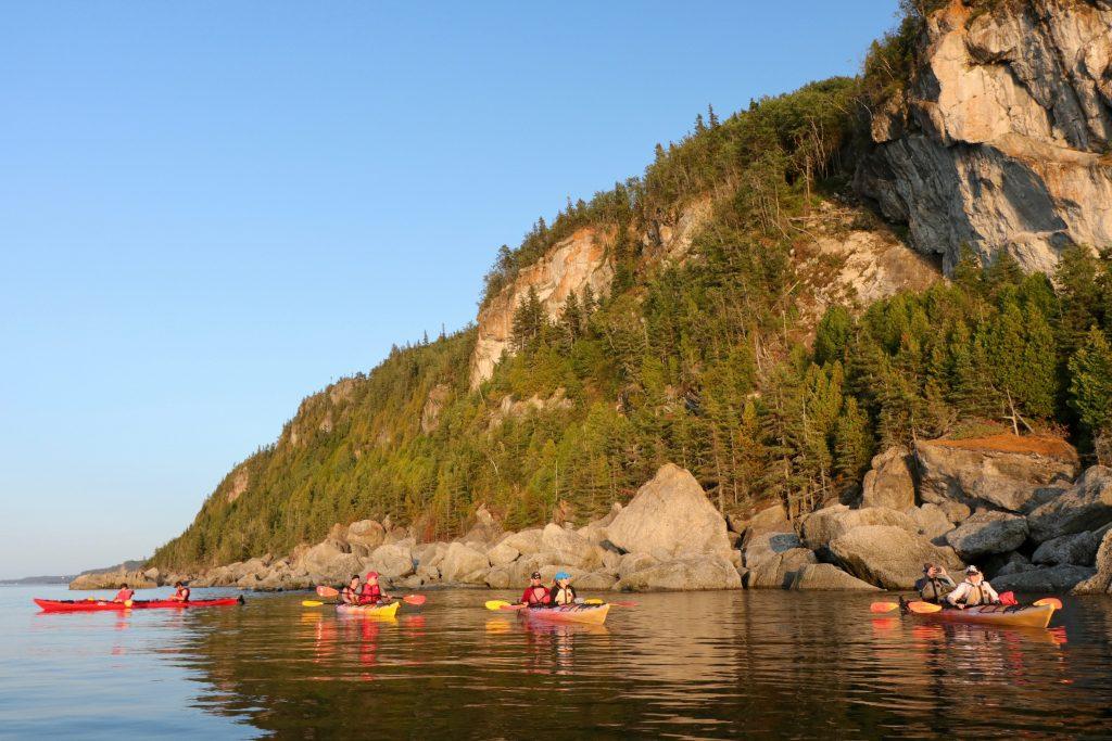 Kayak dans les iles du Parc national du Bic