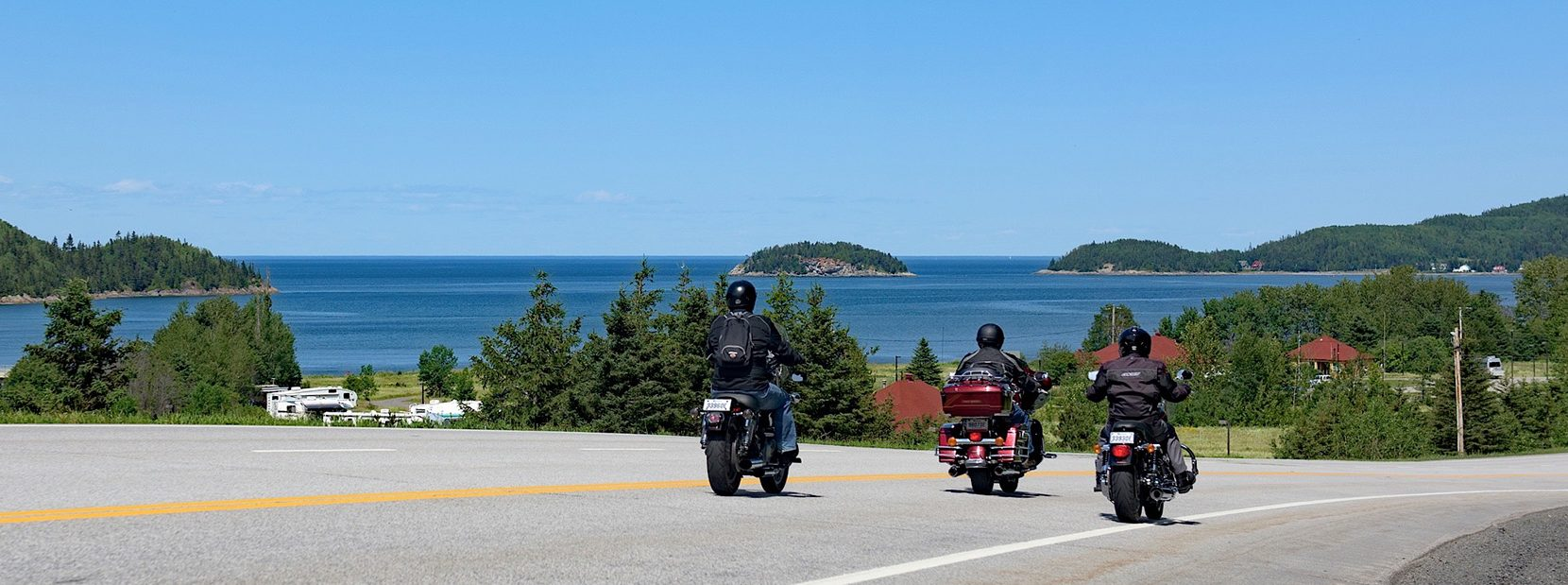 https://tourismerimouski.com/wp-content/uploads/2021/01/motos-parc-du-bic-e1613673895815.jpg